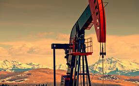iStock-539359546 oil rig